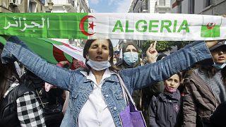 مسيرة نسائية في العاصمة الجزائرية. 2021/03/08