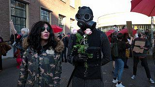 Protestos contra as restrições da pandemia nos Países Baixos