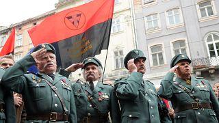 Ветераны УПА на церемонии в честь 103-й годовщины со дня рождения Романа Шухевича - июнь 2010 года