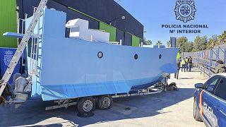 """Polícia espanhola apreende """"narcosubmarino"""""""