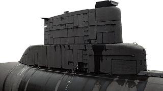 عکس تزیینی از یک زیردریایی