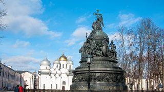 Памятник Тысячелетие России в Новгороде