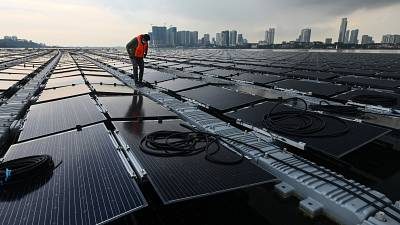After running out of room on land, Singapore has taken its solar farms to the sea.
