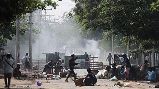 ادامه اعتراضها به کودتا در میانمار؛ ۱۴ نفر دیگر کشته شدند