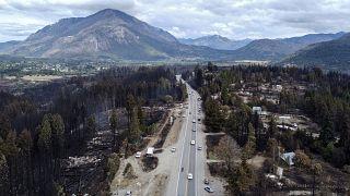 حريق غابة في مدينة لاس جولوندريناس  في مقاطعة تشوبوت - الأرجنتين.