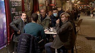 Jóvenes franceses de fiesta en Madrid