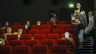 Δοκιμαστική προβολή σε γαλλικό σινεμά