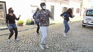 I balli senza età dei Kuduristas