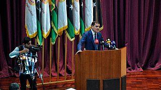 Il nuovo premier libico Abdul Hamid Dbeibah si rivolge al parlamento, alla vigilia del voto di fiducia a Sirte, Libia, martedì 9 marzo 2021