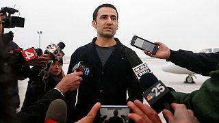 مصاحبه امیر حکمتی پس از آزادی از زندان در ایران و ورود به آمریکا