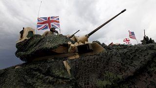 London jelentős nukleáris fegyverkezésbe kezd