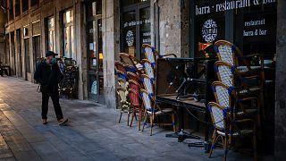 İspanya'da kepenk kapatan dükkanlar
