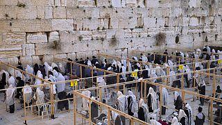 Jüdische Klagemauer wird gereinigt