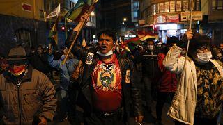 Simpatizantes de Jeanine Áñez se manifiestan en La Paz contra su detención.