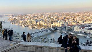 A Citadelláról nézve általában jól látszik a várost beborító szennyezett levegőréteg