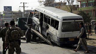 أدى الانفجار إلى مقتل 4 موظفين حكوميين