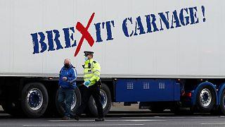 کامیون حامل مواد غذایی صادراتی از بریتانیا به اتحادیه اروپا