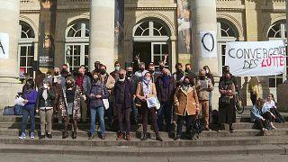 Verdi Rabszolgakórusát énekelve demonstráltak a Bordeaux-i Opera művészei