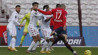 Burak Yılmaz Lille forması giyiyor