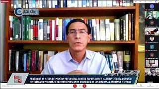 El expresidente peruano, Martín Vizcarra hace una declaraciónes por TV