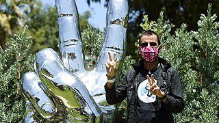 Ringo Starr em Bevery Hill em julho de 2020