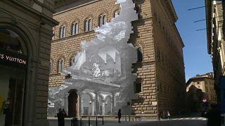 La herida, del artista francés JR, en el Palacio Strozzi de Florencia