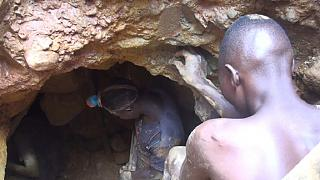 Mozambican children face exploitation in illegal mining