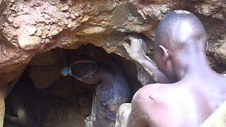 Mozambique : le travail d'enfants dans les mines d'or