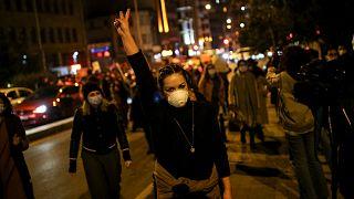 مظاهرات تطالب باحترام حقوق المرأة في تركيا