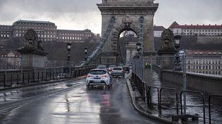 A budapesti Lánchíd 2021. március 17-én.