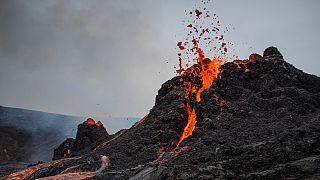 """Vulcão em atividade na Islândia é agora apelidado localmente como """"Geldingadalsgos"""""""