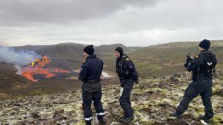 Lava strömt weiter in Island