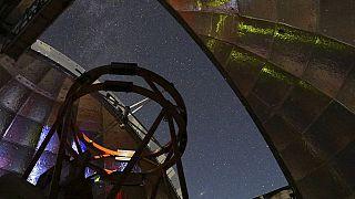 منظر من داخل قبة مرفق تلسكوب الأشعة تحت الحمراء التابع لناسا.
