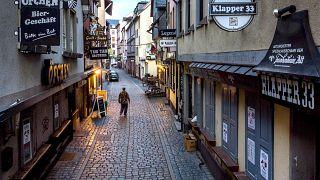 Meghosszabbítják a korlátozásokat Ausztriában és Németországban