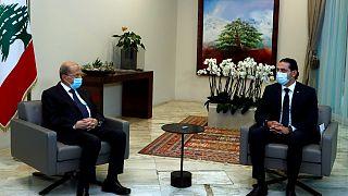 الرئيس اللبناني ميشال عون خلال لقائه رئيس الوزراء المكلف سعد الحريري في القصر الجمهوري في بعبدا. بيروت 2021/03/22