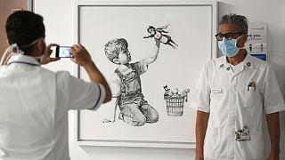 تابلوی «تغییر دهنده بازی» با محور اَبَرپرستار اثر بنکسی