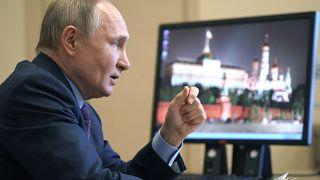 Президент РФ проводит видеоконференцию с членами правительства, 22 марта