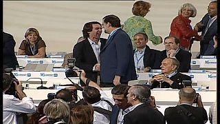 José María Aznar y Mariano Rajoy en un congreso del PP (archivo)