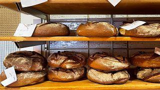 صناعة الخبز من فائض البيرة التي تسبب لها الإغلاق - ألمانيا