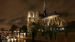 Mozivásznon a Notre-Dame-i tűz