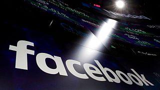 Facebook, 2 Çinli firmanın siber saldırı için Çinli hackerlara yazılım sağladığını ileri sürdü.