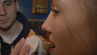 Edible cup craze provides ecological alternative to throwaway culture