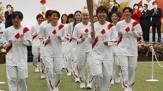 Tokyo-2020 : la flamme olympique entame son périple à travers le Japon