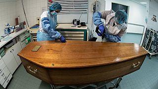 A la morgue de l'hôpital Bichat (Paris), le 29/01/2021