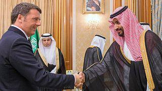 İtalya eski Başbakanı Matteo Renzi'nin Suudi Arabistan Veliaht Prensi Muhammed Bin Salman ile katıldığı konferans için 80 bin dolar aldığı iddia ediliyor.