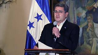 Juan Orlando Hernández leyó un declaración a la prensa sin aceptar preguntas