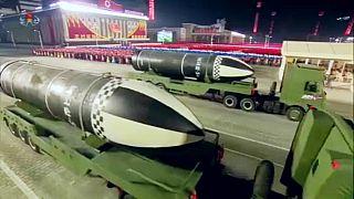 Β. Κορέα: Δοκιμή «κατευθυνόμενου», «τακτικού» πύραυλο με κινητήρα στερεού καυσίμου