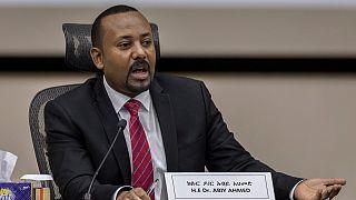 رئيس الوزراء الإثيوبي آبي أحمد يرد على أسئلة أعضاء البرلمان في مكتب رئيس الوزراء في العاصمة أديس أبابا، إثيوبيا.