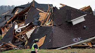 Deadly tornadoes roar through Alabama