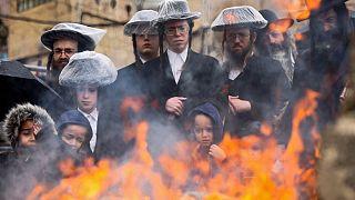 Jews celebrate Passover